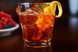 Rum Cola im Old Fashioned Glas